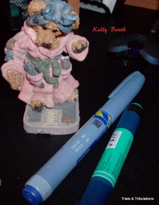 Boyds Mrs Griz and insulin pens